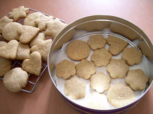 Biscotti di segale miele e cannella nella cucina di teresa - Nella cucina di teresa ...