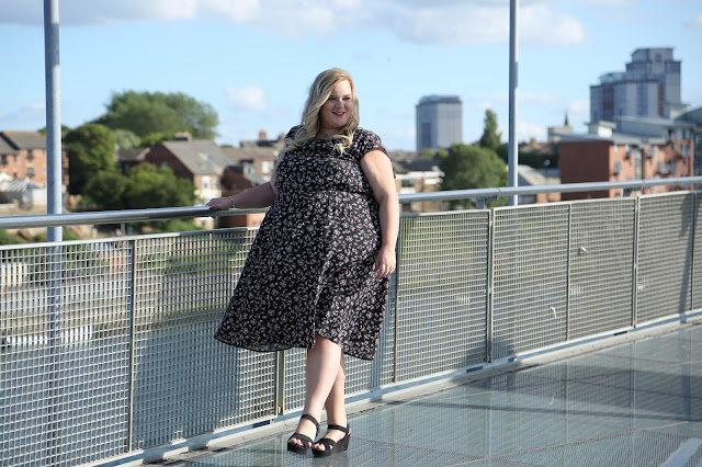 Scarlett and Jo Drop Shoulder Dress Plus Size Image