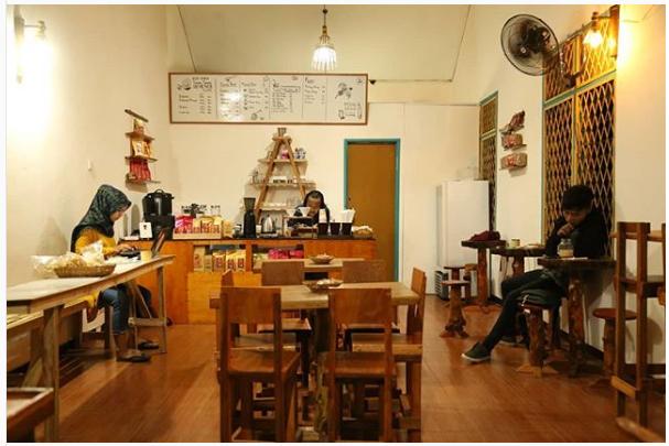 KAWE - Kedai Kopi Kaum Sosialita, Nongkrong Asik Dengan Harga Milenial