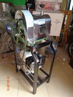 mesin-giling-tebu-alat-sugar-cane