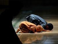 Ibu Non Muslim Ini Memasukan Anaknya Ke Pengajian Di Dalam Masjid, Alasannya Bikin Haru