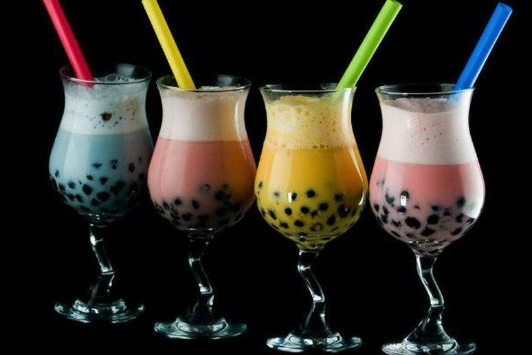 tapioca pearls, black pearls