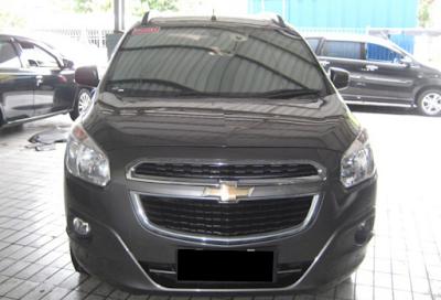 Eksterior Depan Chevrolet Spin