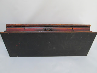 4332 HP Wood Box With Drawer Red with Flowers bottom view