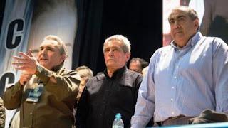 El ministro de Trabajo, Jorge Triaca, recibió al triunvirato que lidera la central obrera para intentar llegar a un acuerdo en la reforma del impuesto