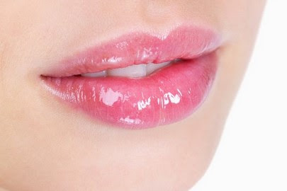 8 Cara Merawat Bibir Agar Makin Cantik