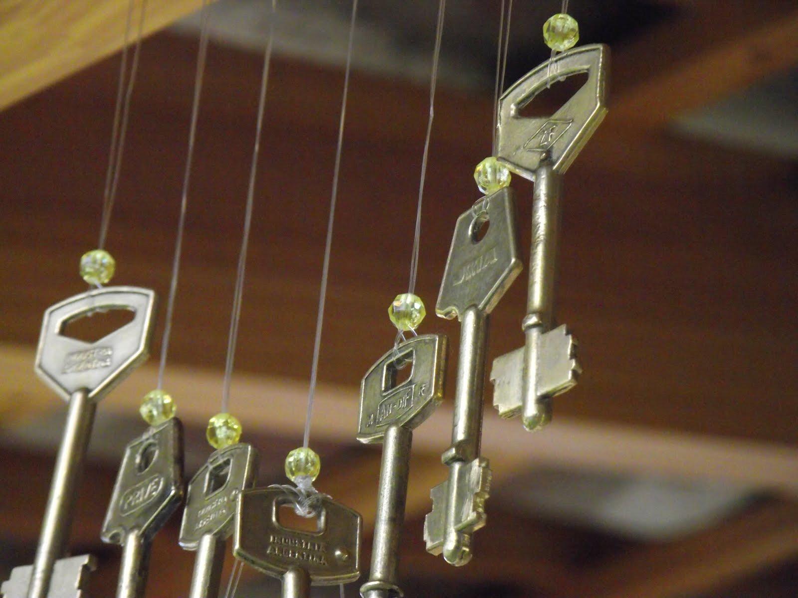 Llamador de angeles con llaves viejas hago manualidades - La llave del hogar ...