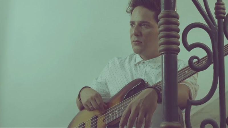 """Tesis de Menta - """"Caí del Cielo"""" - Videoclip - Dirección: Mauricio Abad. Portal Del Vídeo Clip Cubano - 03"""