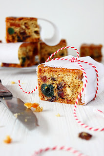 Engelse vruchten-notencake