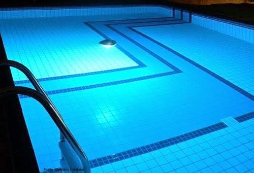 Punto sanitario cloro liquido usos - Cloro en piscinas ...