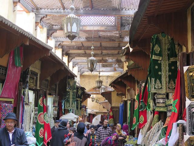Kissaria - mercado de telas cubierto