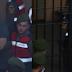Φωτογραφίες από τη μεταφορά των δύο Ελλήνων αιχμαλώτων στο δικαστήριο - Απίστευτα ταλαιπωρημένοι & με χειροπέδες