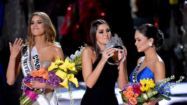 Cringe-worthy moment at the Miss Universe pageant