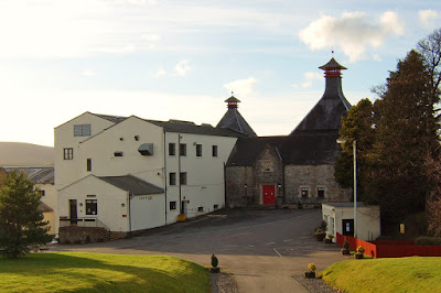 https://www.discovering-distilleries.com/cardhu/