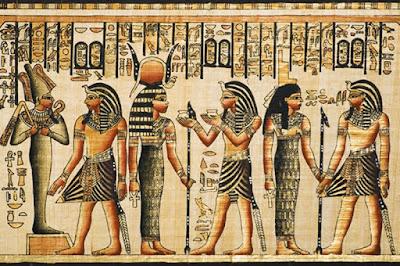 Sejarah Mesir Kuno   Mesir merupakan salah satu daerah tersubur di Afrika, dan salah satu negara tersubur di Mediterania. Karena kesuburannya, Mesir menjadi salah satu tempat terawal yang dihuni oleh manusia, sekitar 40.000 tahun lalu. Pada awalnya tidak ada begitu banyak orang di Mesir, namun seiring waktu Mesir menjadi semakin padat, sehingga diperlukan suatu pemerintahan bersatu. Untuk sementara waktu tampaknya ada dua kerajaan, yang disebut Mesir Hulu (di selatan) dan Mesir Hilir (di utara). Sekitar 3000 SM, pada awal Zaman Perunggu, raja Mesir Hulu menaklukan raja Mesir Hilir dan membuat Mesir menjadi satu kerajaan, yang disebut Mesir. Pemimpin kerajaan ini kemudian disebut Firaun.  Sejak masa tersebut hingga sekita 525 SM, ketika Mesir ditaklukan oleh Persia, sejarah Mesir dibagi menjadi enam periode. Pada Kerajaan Lama (2686-2160 SM), bangsa Mesir mulai membangun piramida sebagai makam bagi para firaun. Kemudian pada 2200 SM tampaknya ada perubahan iklim, dan Mesir terpecah menjadi banyak kerajaan kecil. Ini disebut Periode Pertengahan Pertama (2160-2040 SM). Pada 2040 SM, para firaun berhasil menyatukan kembali Mesir untuk kemudian mendirikan Kerajaan Pertengahan (2040-1633 SM), namun para firaun Kerajaan Pertengahan tak sekuat para firaun Kerajaan Lama, dan mereka tidak lagi membangun piramida. Sekita