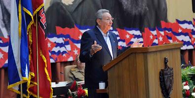 Raul Castro en VII Congreso del Partido