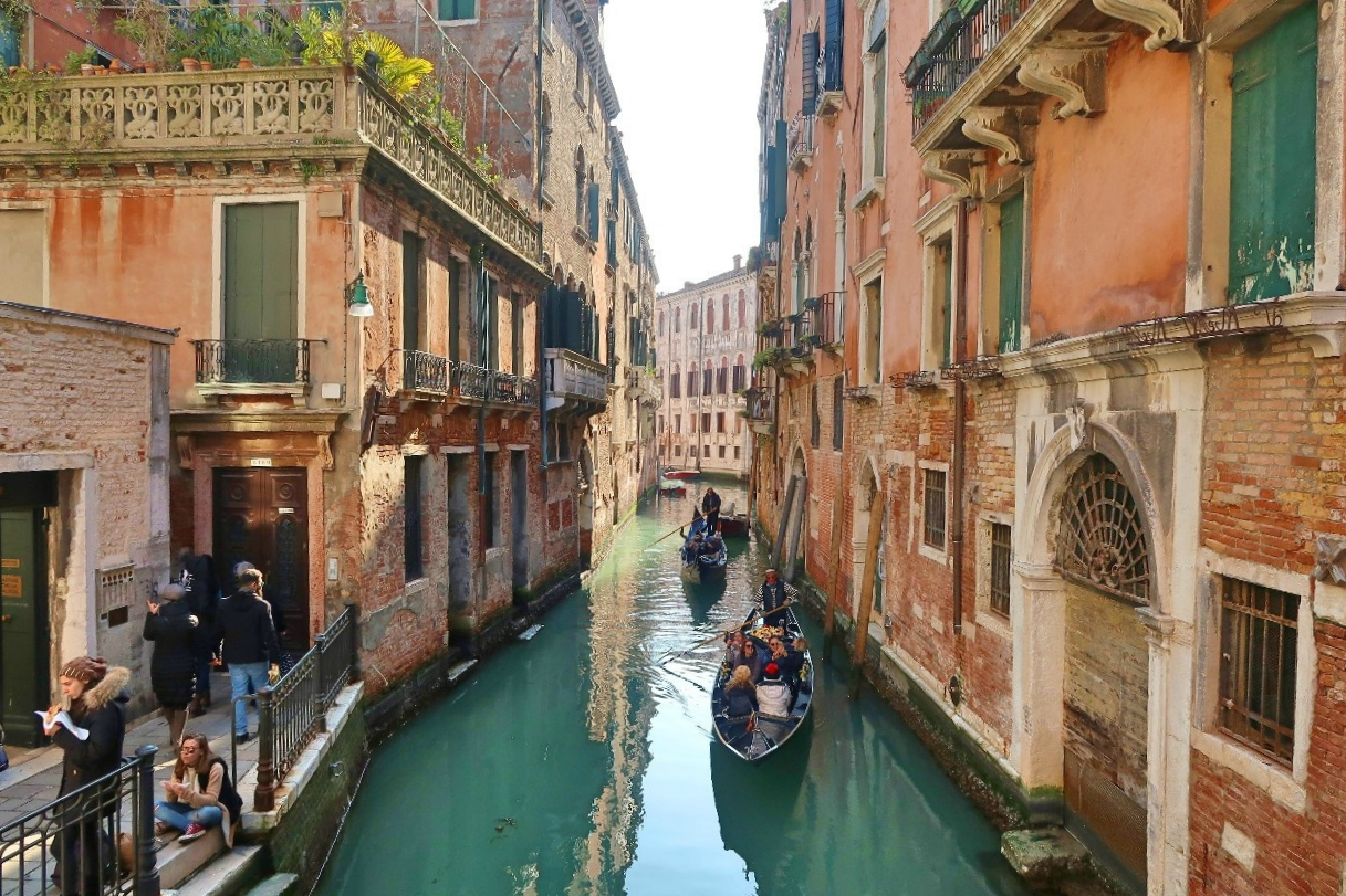 Veneza Italia Carnaval gastando pouco