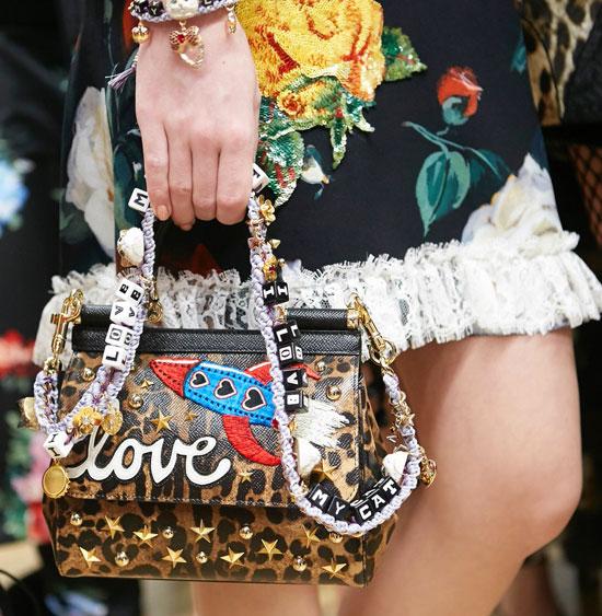 Dolce&Gabbana-Fall-Winter-2017-18-Women's-Fashion-Show haute couture tendances automne hiver 2017 2018