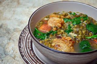 Ginisang Munggo at Chicharon Recipe