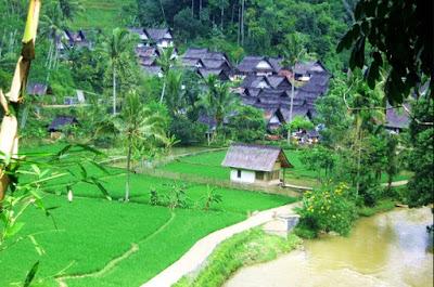Pemandangan Kampung Naga