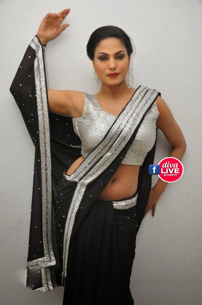 Veena Malik Sizzling In Half Blouse  Saree  Cute Marathi -2205