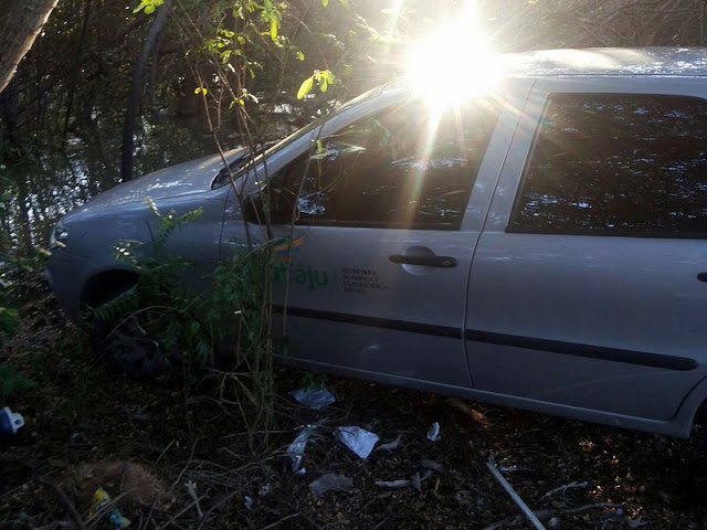 Encontrado carro da prefeitura de Aracaju tomado de Assalto