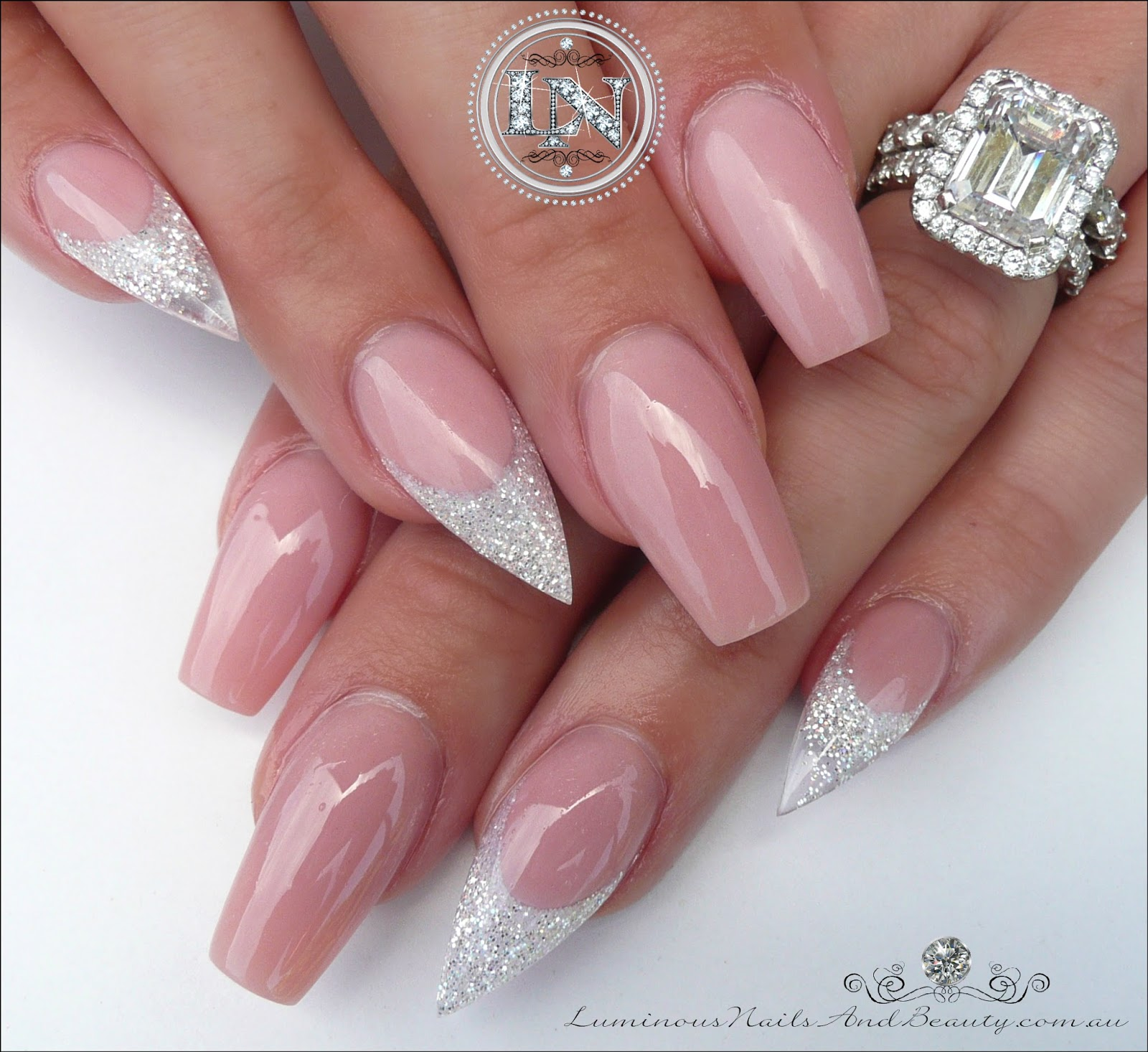 Gorgeous Acrylic Nails With Sparkly White Glitter