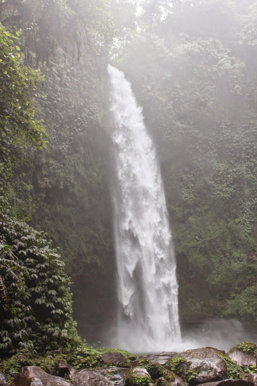 Cascada Nungnung Bali
