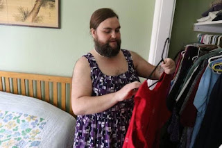 I keep getting marriage proposals from men - lady with beard