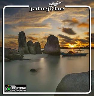 Batu Berlayar Belitung