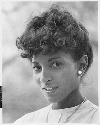 http://louxosenjoyables.tumblr.com/post/153475176376/classicladiesofcolor-actress-pam-grier