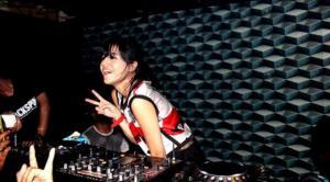 Foto DJ Una Dj Dahsyat