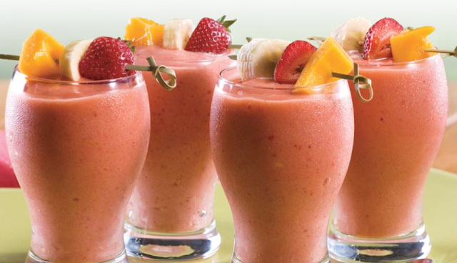 Mango, Berry and Almond Butter Smoothie