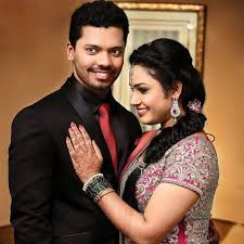 Hari Teja Family Husband Son Daughter Father Mother Age Height Biography Profile Wedding Photos