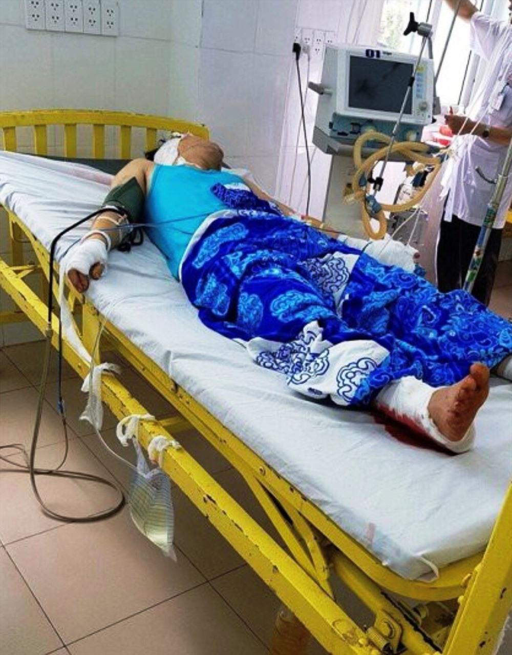Gia Lai: Một thanh niên bị chém đến tàn phế, ngồi xe lăn... hơn 9 tháng nhóm côn đồ vẫn chưa bị bắt