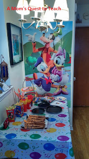 Mickey Mouse Snack table
