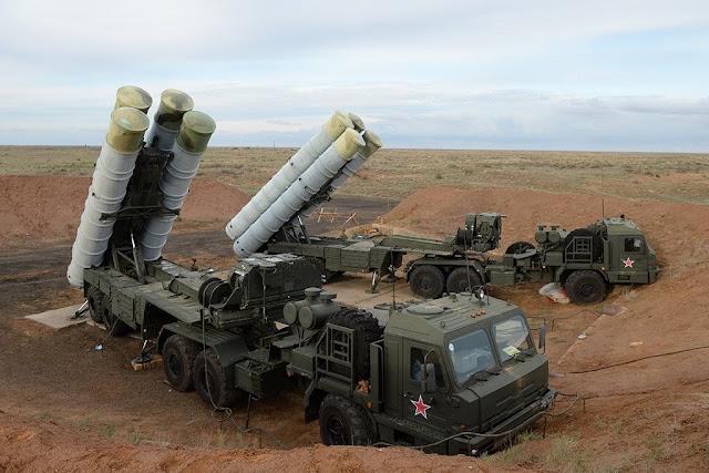 Rusia sigue armando a Turquía con misiles S-400