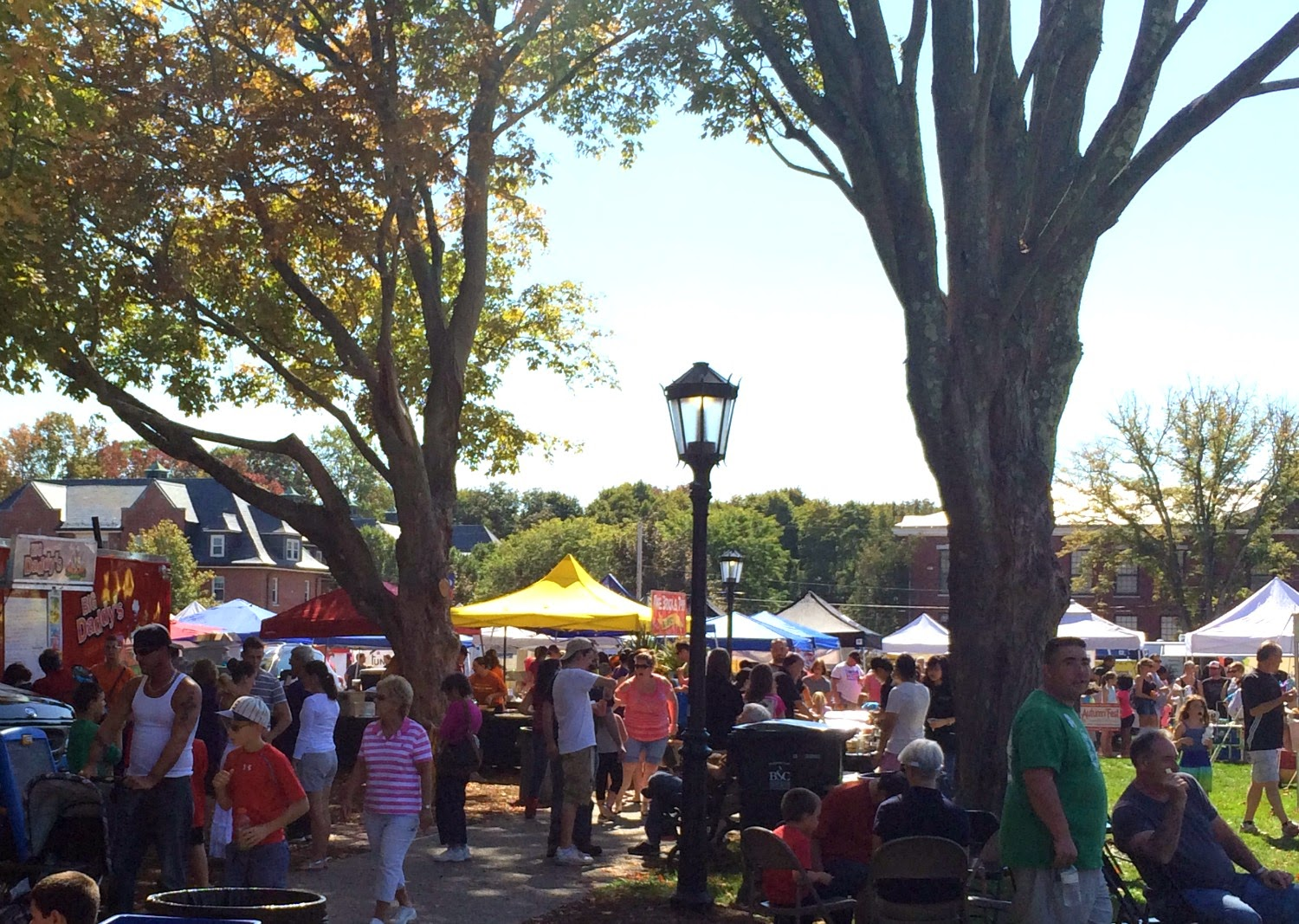 Autumn-fest - New England Fall Events - food vendors