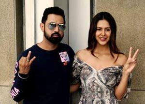 Gippy Grewal and Sonam Bajwa during promotion event of upcoming movie Carry On Jatta 2