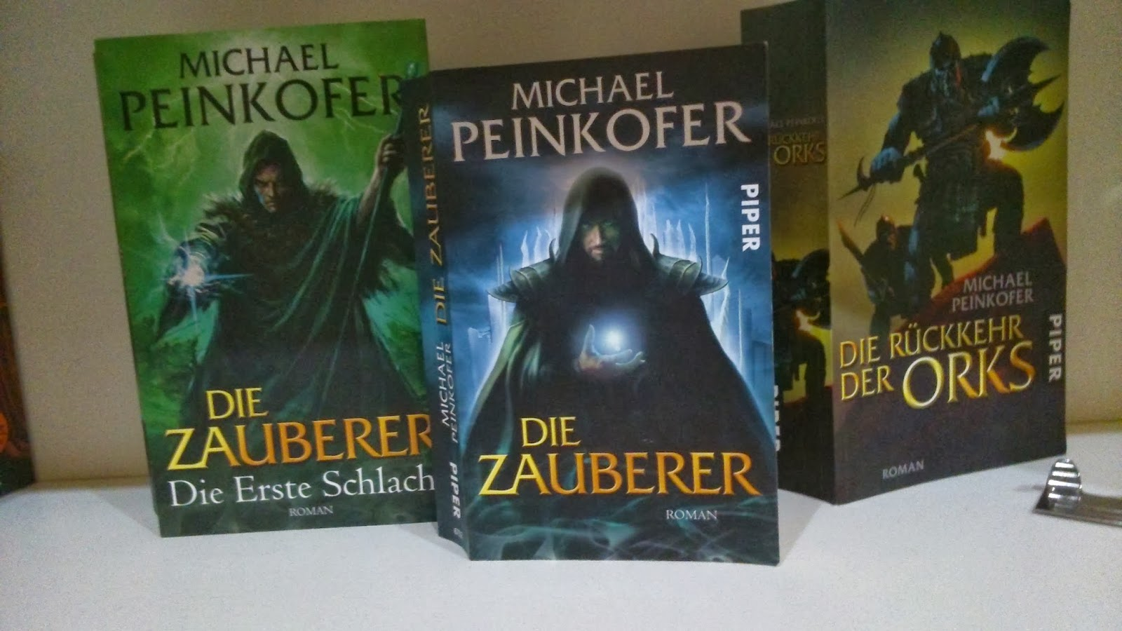 Lenas Bcherwelt: Tour durchs Buchregal//4