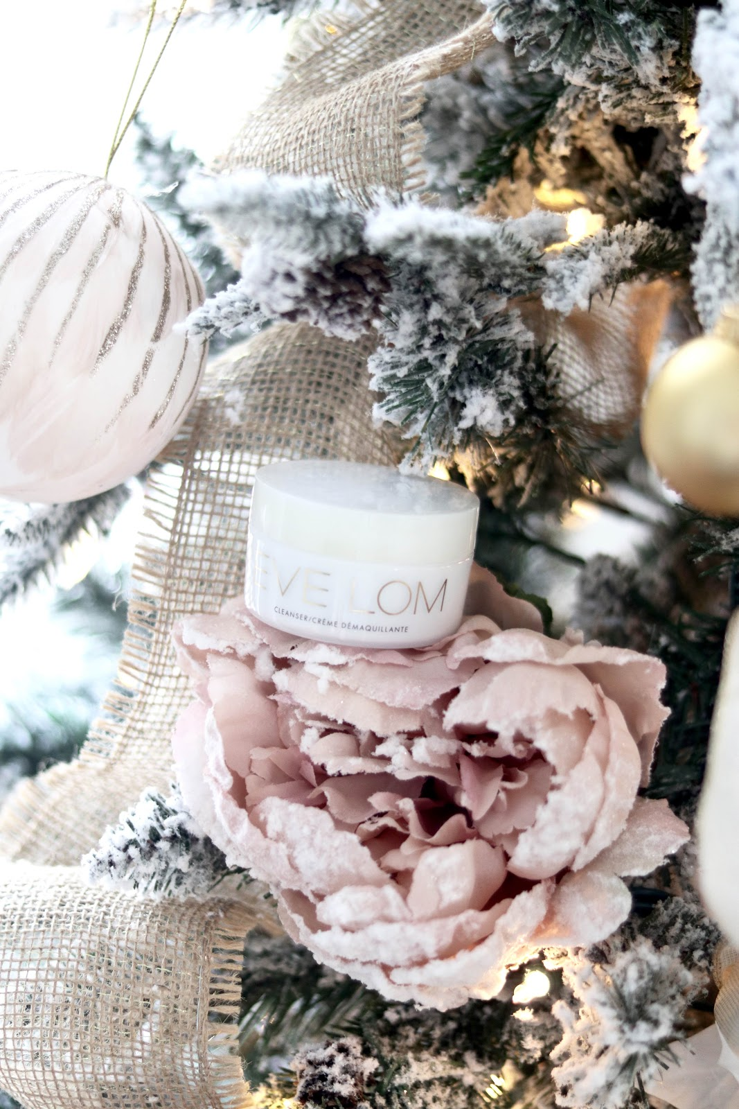 Holiday Beauty Sets Eve Lom Cleanser Review