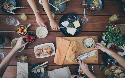 Makanan dan Minuman yang Harus Dihindari Saat Batuk