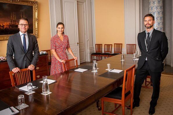 Crown Princess Victoria wore a rudbeckia printed crepe dress by J.Crew. Queen Silvia and Prince Daniel. the explosion in Beirut