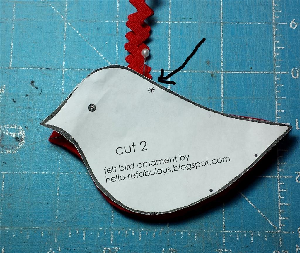 Artesanato, costura DIY, ornamentos de pássaro de feltro, via blog refabulous