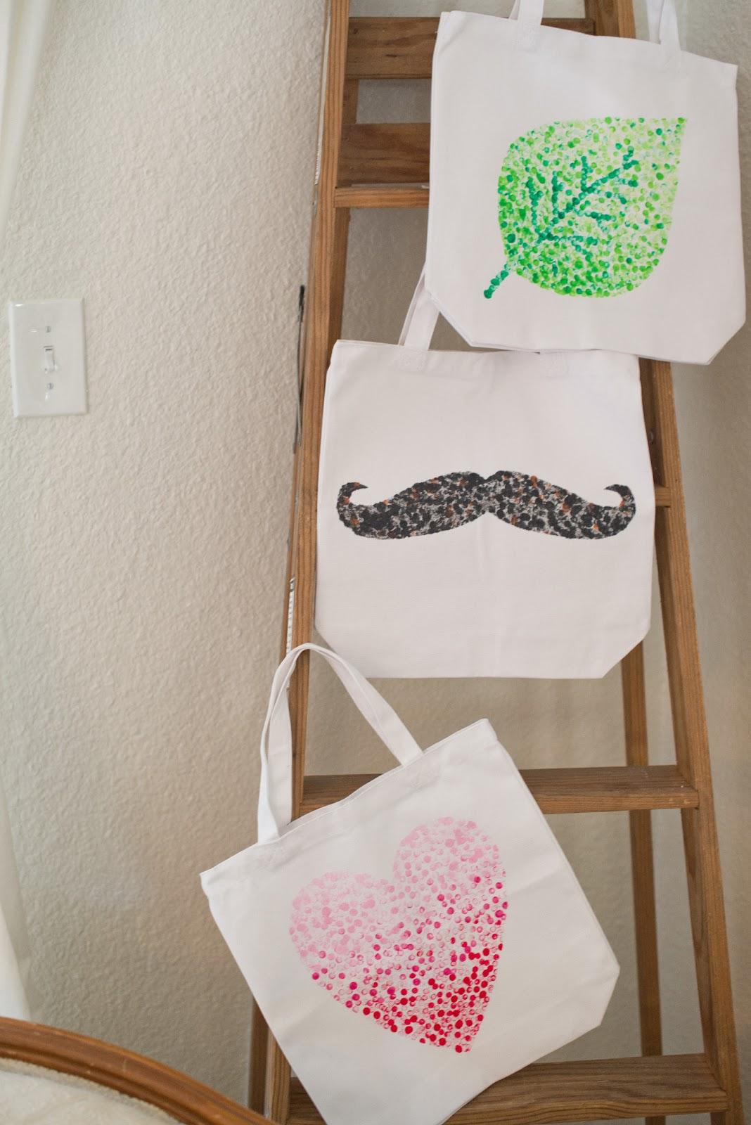 domestic fashionista diy eraser stamped tote bag tutorial. Black Bedroom Furniture Sets. Home Design Ideas