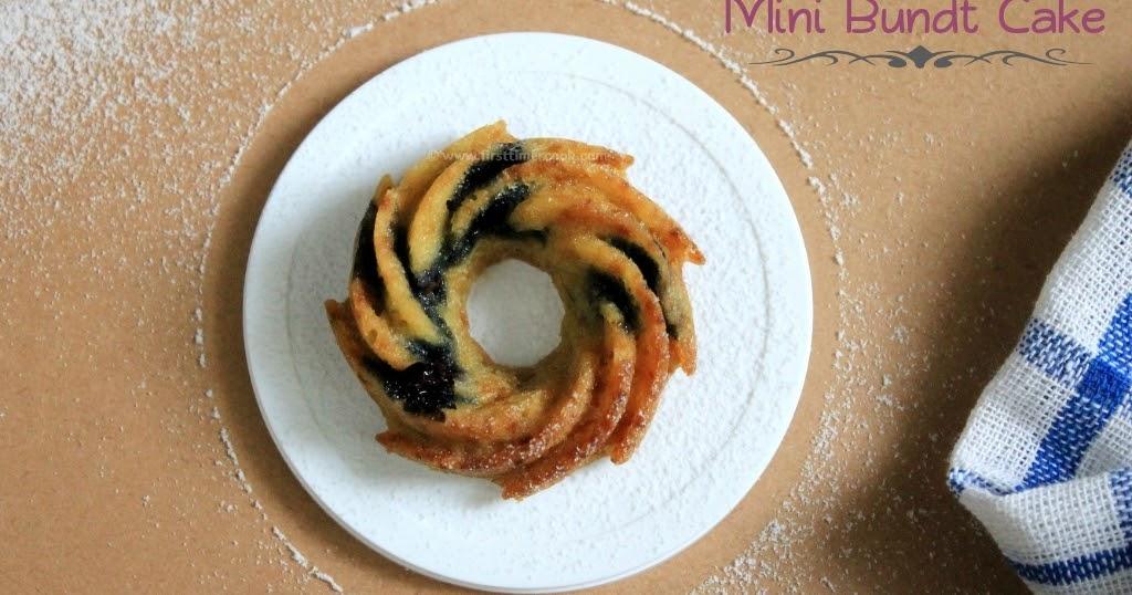 Mini Bundt Cake Molds
