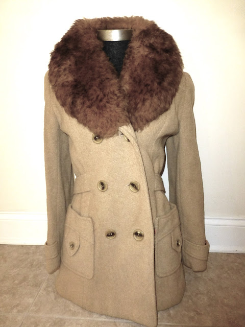 vintage faux fur collar peacoat