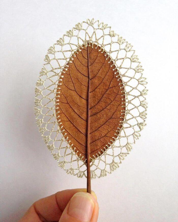 Crocheter Transforms Dried Leaves Into Works Of Art