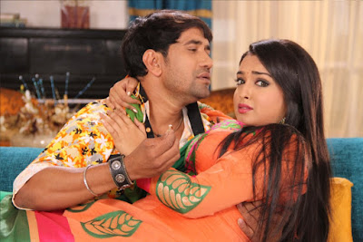 Dinesh Lal Yadav and Bhojpuri Hot and Sexy Actress Amrapali Dubey  Latest HD Wallpaper