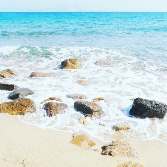 Jelena Zivanovic Instagram @lelazivanovic.Glam fab week.Ios island,Cyclades,best beaches,Greece,Psathi beach.